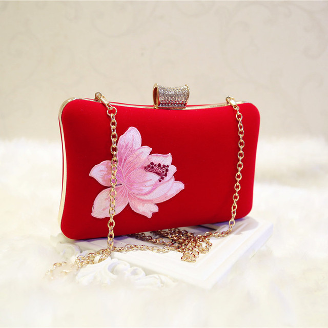 Embroidered velvet handbags 1