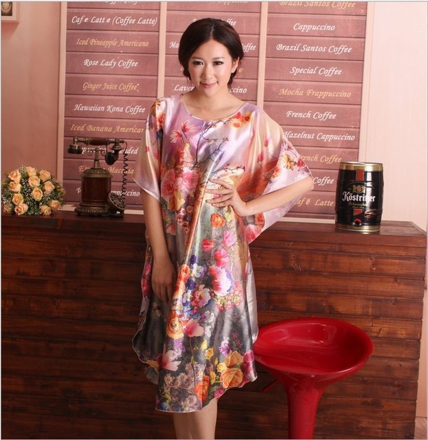 charming Sexy sleepwear nightgown profusion color digital printing batwing  coat robe for middle aged and elderly women 4519b01fdf70