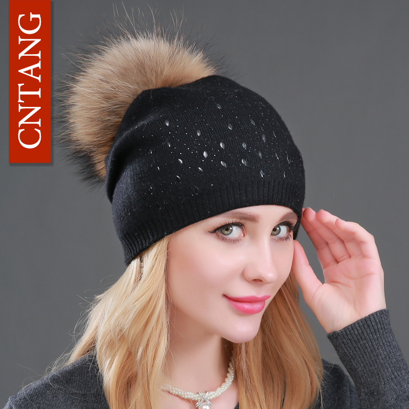 Winter Wool Wanita Beanies Rivets Hiasan Pompon Fur Topi Fesyen Asli Raccoon Fur Caps Wanita Warm Cashmere Top Knitted Hat