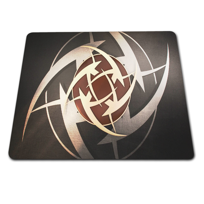 New DIY CS GO ASIIMO Red background Control Speed Mouse Pad Anti-slip Gaming Mouse Mat Game Player Desktop Mouse Pad