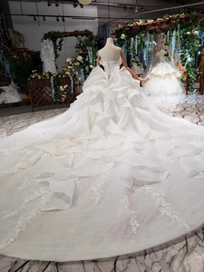 Image 2 - HTL496ドバイ王女のウェディングドレスフリルロングトレイン特別なストラップレスブライダルドレス結婚式ベールsukienka biala