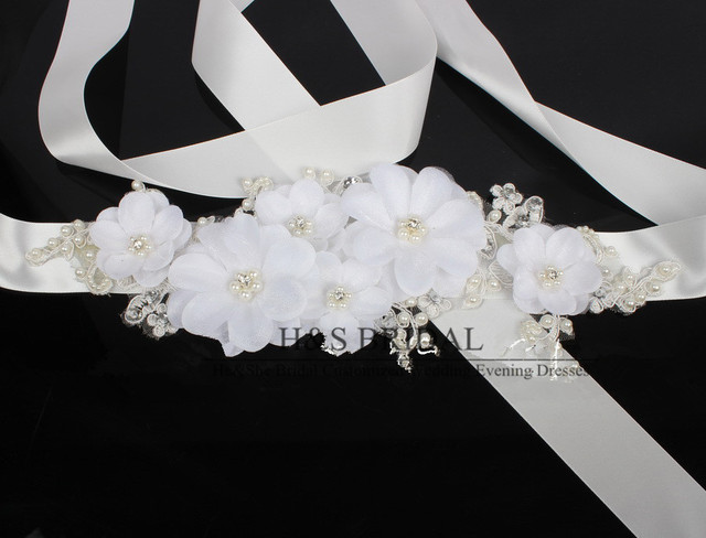 Wholesale Luxury White Lace Flower Wedding Dress Belt Bridal Sash With Pearls And Crystal Very Beauty Wedding Dress Decoration