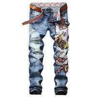 Boyutu 29-38 Sıcak Satış Nakış Kot Erkekler Sıkıntılı Mavi Pantolon Bisikletçinin Kot Ripped Delik Denim Tulumları Mens Marka giyim Pantolon