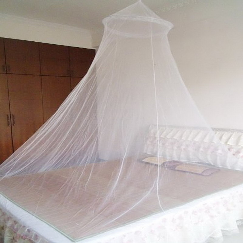 Summer insect prevention elegant round white lace bed for Bed with mosquito net decoration