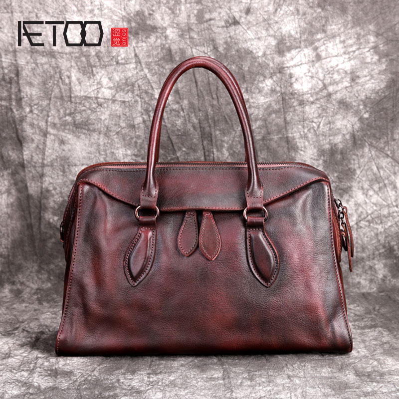 AETOO Leather one shoulder diagonal female bag new retro original handmade first layer leather casual personality portable aetoo spring and summer new leather handmade handmade first layer of planted tanned leather retro bag backpack bag