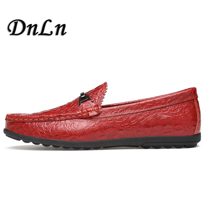 2018 Men Casual Shoes Cow Suede Leather Loafers Leather Driving Moccasins Slip On Shoes Men Comfortable And Breathable D30 men s crocodile emboss leather penny loafers slip on boat shoes breathable driving shoes business casual velet loafers shoes men