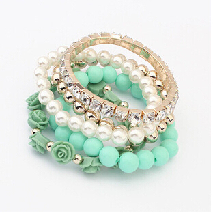 6 Diferent Colors Bracelet