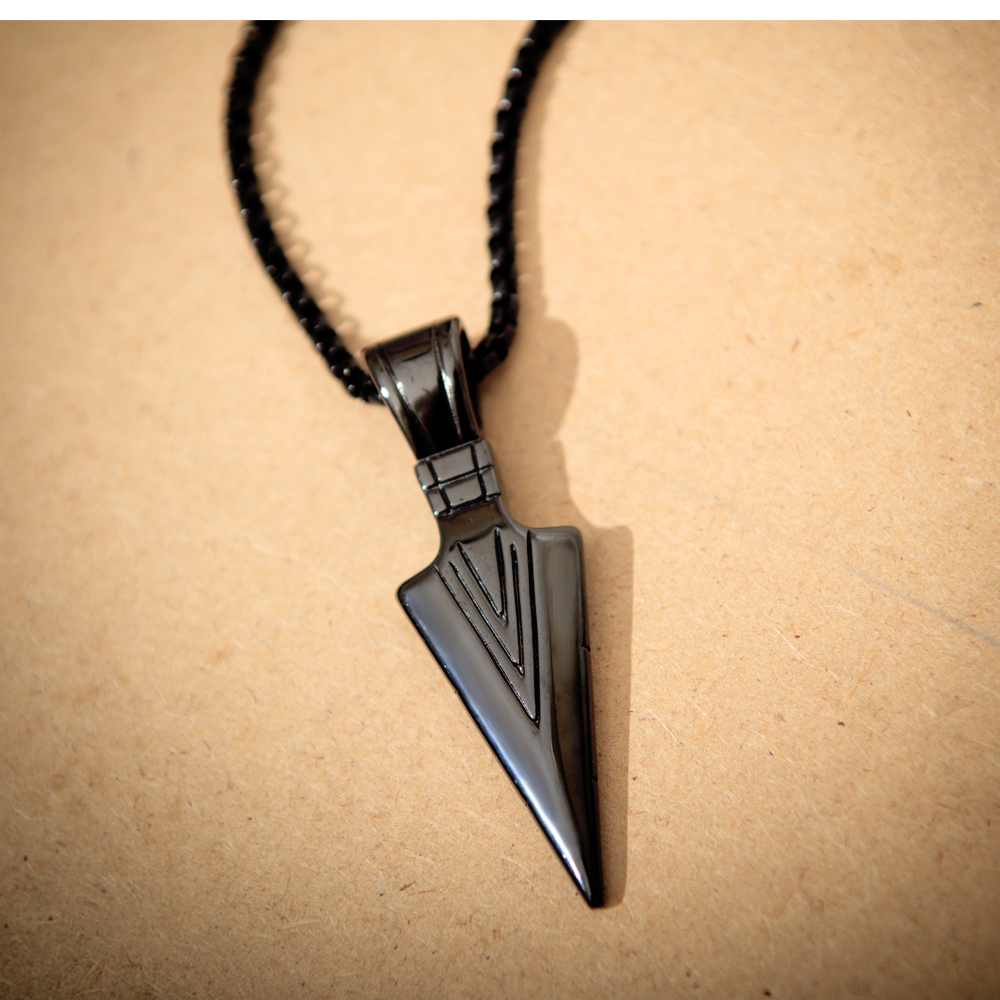 Fashion Vintage Personality Spear Pendant Men's Necklace Multi-color optional accessories for men gift NO.QLXL017