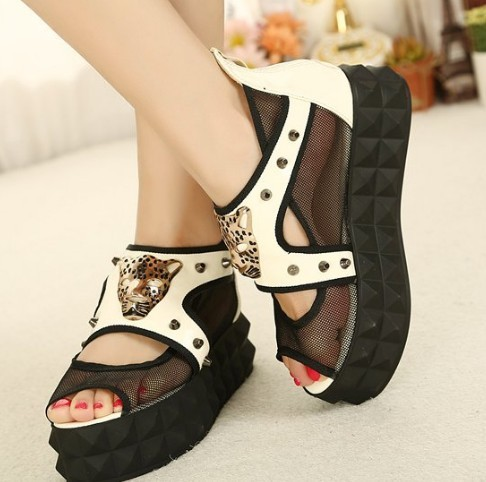 Discount brand sandals shoes 2015 open toe womens casual platform leopard head rivet female flats - Promotion Fashion Store store
