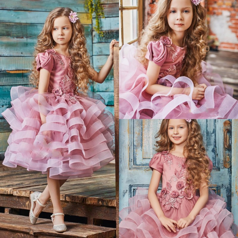 Cap Sleeve Pink   Flower     Girl     Dresses   Knee Length Organza Tiered Ruffles 3D Floral Appliques   Girls   Pageant Gowns