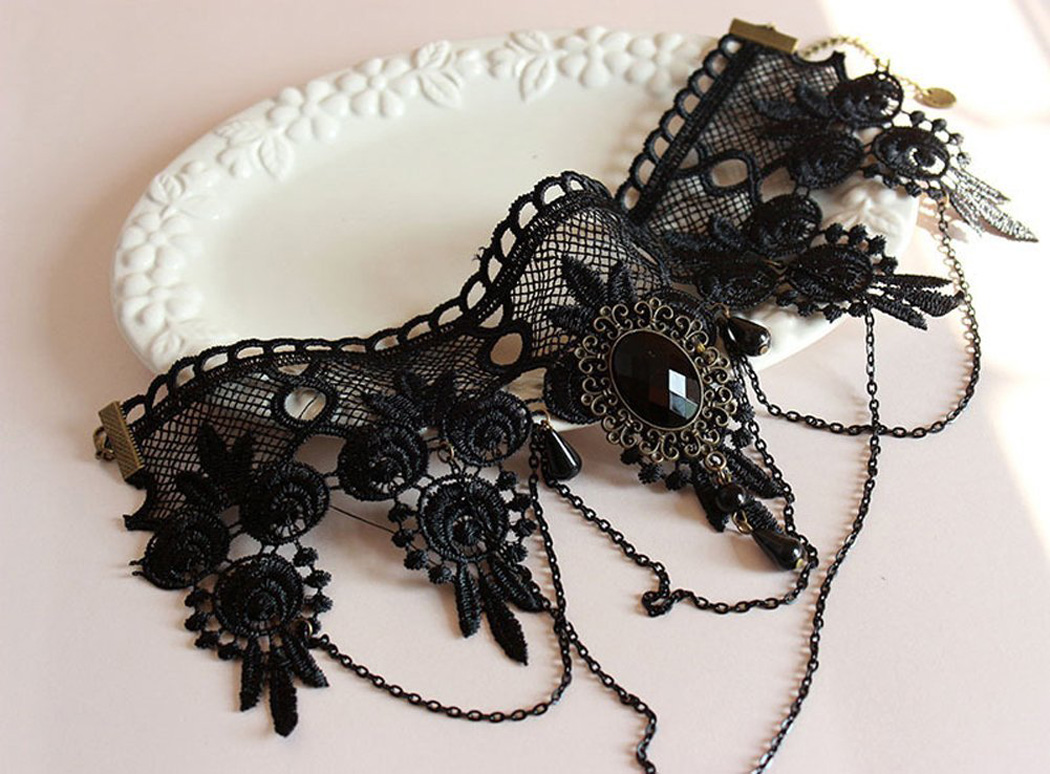 HTB1VnQOXuT2gK0jSZFvq6xnFXXan - Halloween Sexy Gothic Chokers Crystal Black Lace Neck Collares Choker Necklace Vintage Victorian Women Chocker Steampunk Jewelry