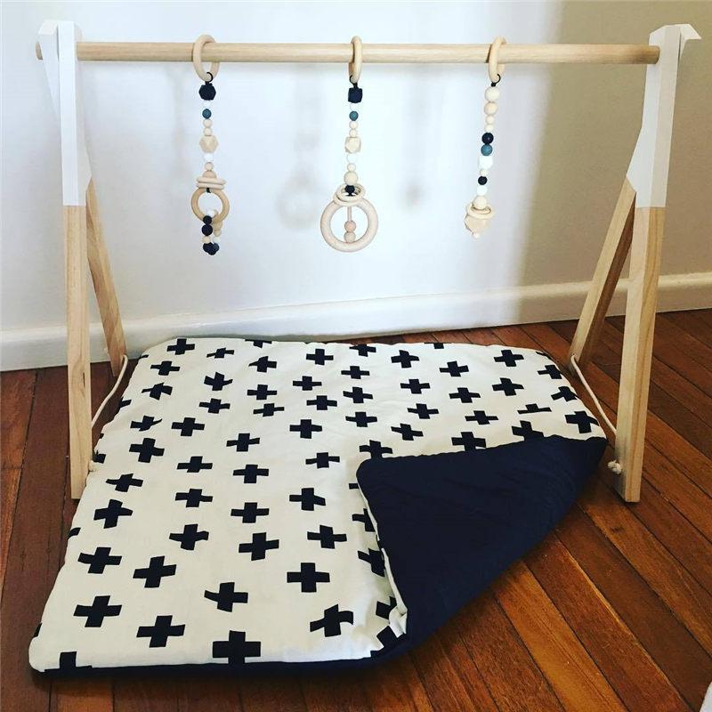 Nordique bébé chambre décor jouer Gym jouet en bois pépinière sensorielle jouet cadeau infantile chambre vêtements Rack accessoires