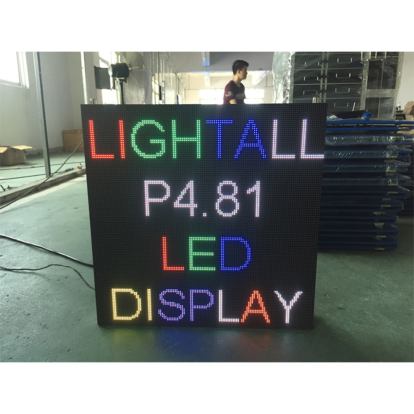 500x500mm Full Color And Customize Screen Dimension Waterproof 1/13scan Outdoor P4.81mm Portable Mobile Led Billboard Screen