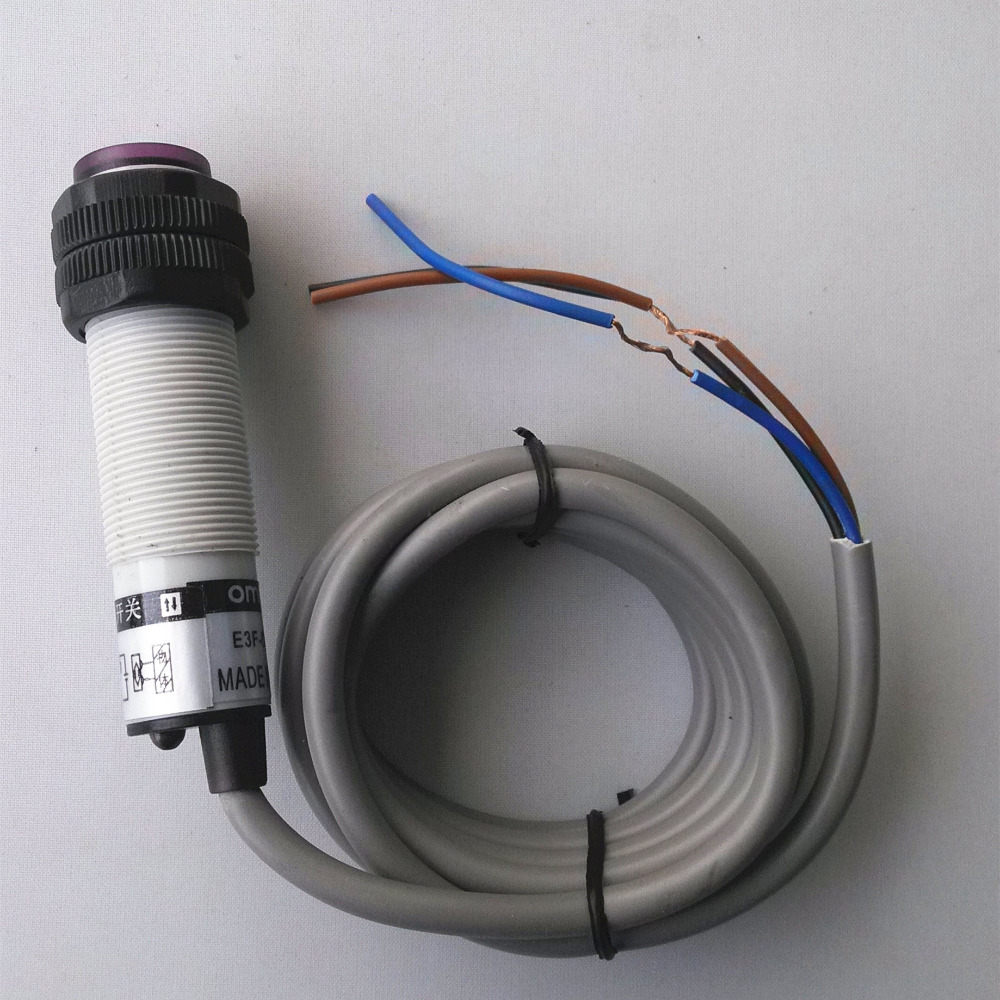 hight resolution of 5pcs omron e3f ds10c4 npn no m18 photoelectric switch sensor dc 3 wire 10 30v 10cm diffuse type in sensors from electronic components supplies on