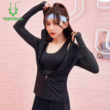 Zipper Long Sleeve Yoga Shirt Sports Outerwear Women Fitness Coats Hooded Running Sports Jacket Gym Tops Sportswear