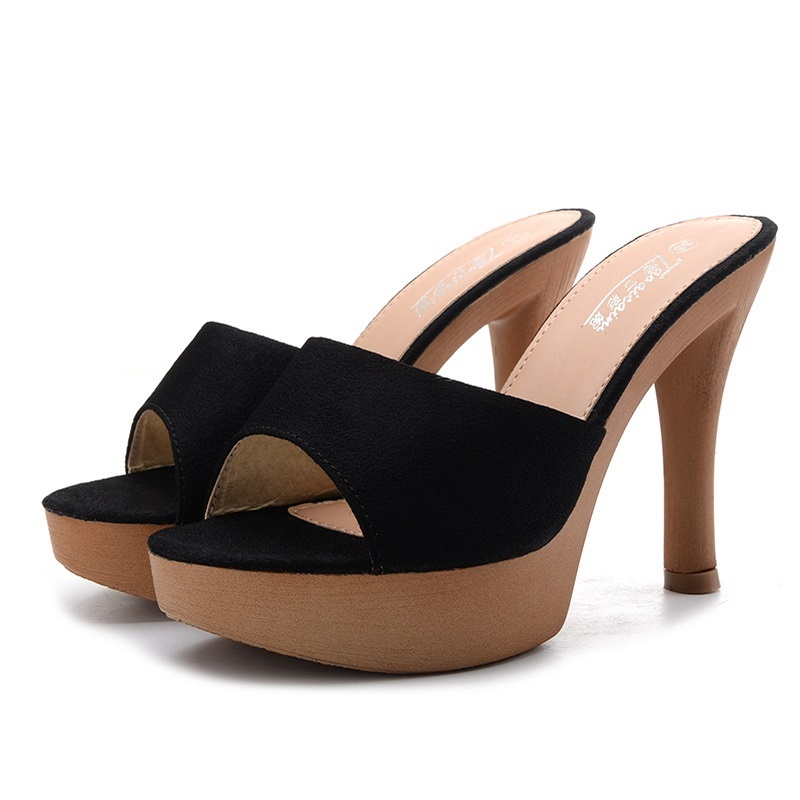 2018 summer new womens sandals Korean fashion wild high heels.2018 summer new womens sandals Korean fashion wild high heels.