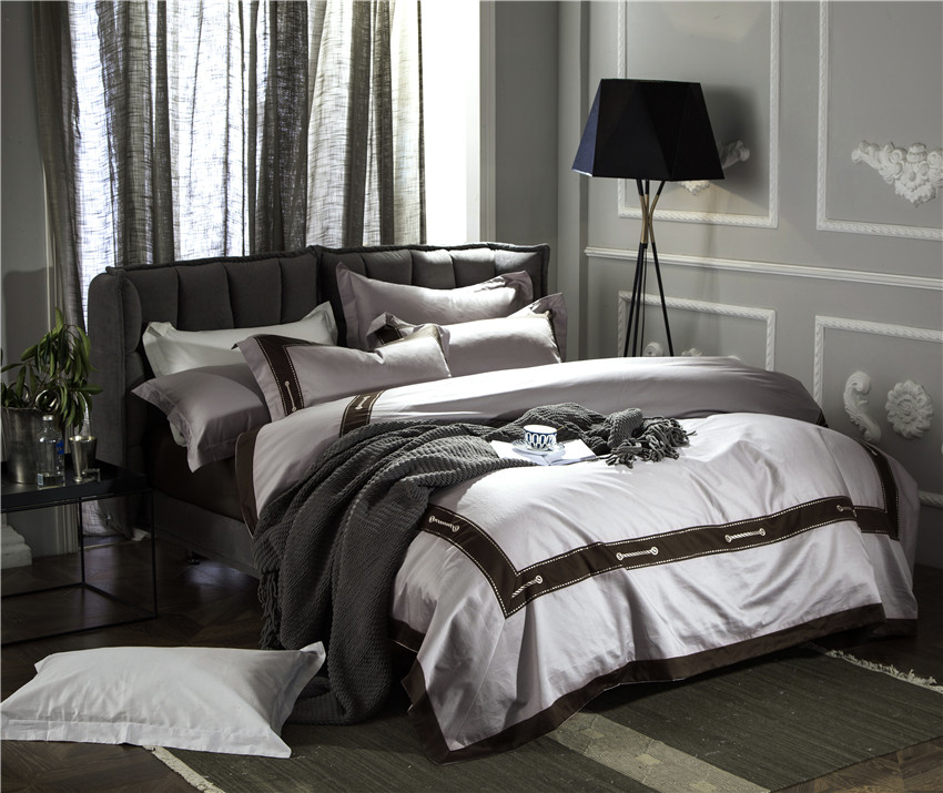 Grey silver Modern fashion luxury bedding sets soft silk feeling Queen/King size Bed linen duvet cover/Bed sheet set/PillowcasesGrey silver Modern fashion luxury bedding sets soft silk feeling Queen/King size Bed linen duvet cover/Bed sheet set/Pillowcases