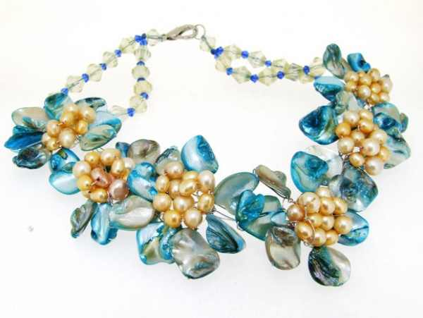 """Charm Crystal Blue Shell Mop Freshwater Pearl 6Flower Semi Precious Stone Bead Necklace 16\"""""""