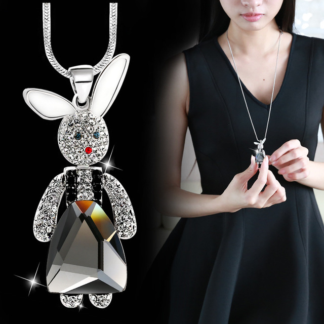 DuoTang Cute Rabbit Pendant Necklace Fashion Metal Rhinestone Crystal  Jewelry Statement Long Link Chain Women Necklace 2a0de4e6388e