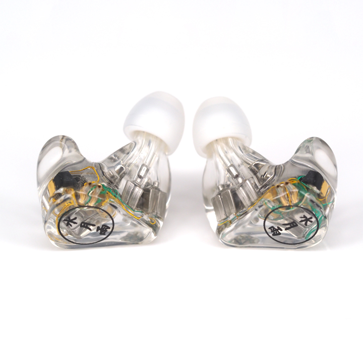 Moondrop A8 8BA in-ear earphone 8 drivers per ear HIFI High end earphone clocks and colours nomad