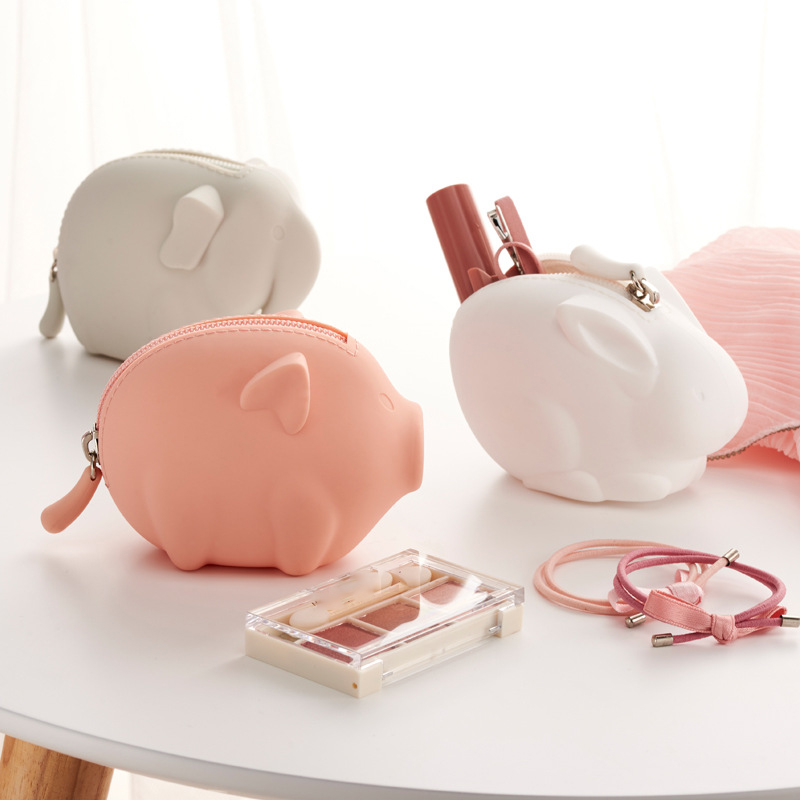 30PCS / LOT Coin Purse Portable Mini Wallets Girl Cute Animal Zipper Small Pocket Wallet Creative Earphone Bag Key Bags