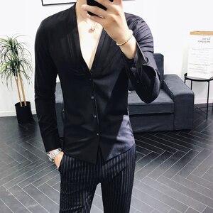 Image 2 - camisas hombre 2019 otoño nuevo camisas hombre manga larga cuello en V slim fit streetwear camisa hombre vestir