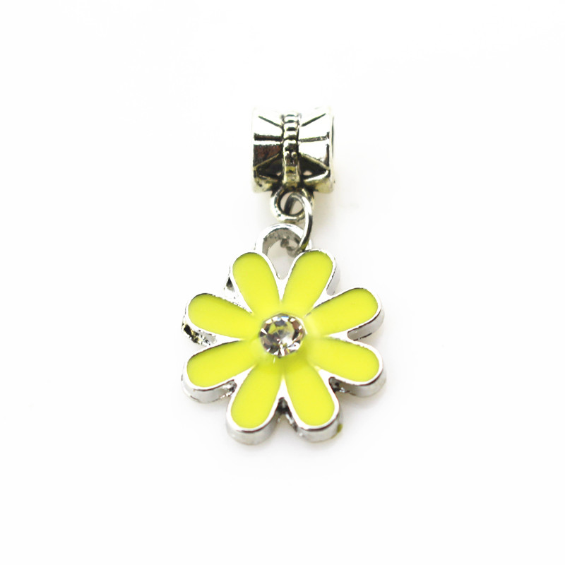 20pcs/lot yellow daisy flower charms hanging charm big hole pendant beads charm fit pando bracelet diy jewelry dangle charms