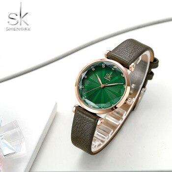 b8013bf344ad SHENGKE SK las mujeres reloj de cuarzo 2018 superior de la marca de lujo de  las señoras reloj de cuero Casual de alta calidad impermeable reloj de  pulsera ...