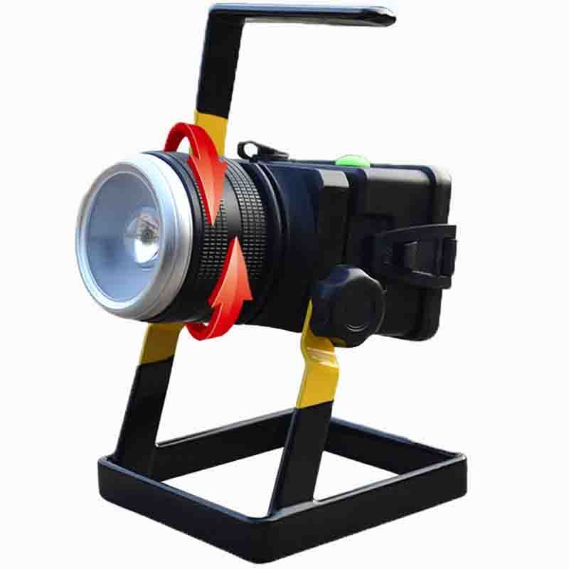 Rotating Zoom Portable LED Floodlight 30W Rechargeable Portable CREE Lamp  18650 Battery Outdoor Lighting Flashlight Flood