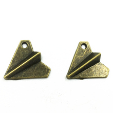 10Pcs Pendants For Necklaces Antique Bronze Tone Childhood Paper Aircraft Airplane Classic Accessrioes DIY Jewelry Charms 19mm
