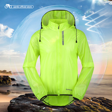 Santic Men Cycling Windproof Jackets Hooded Skin Coat Sun-protective Anti-splashing Water Apple Green Light Cycling C6105/7008V