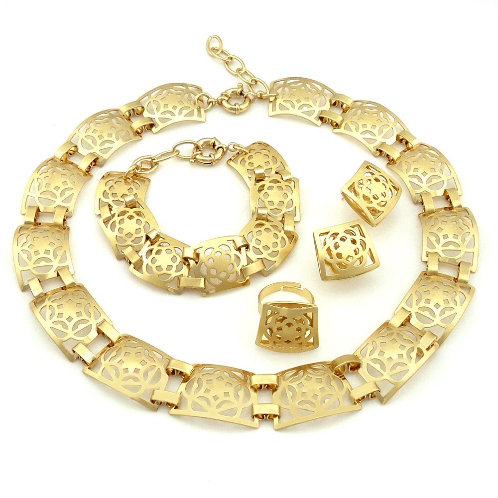 italian gold jewellery set in Jewelry Sets from Jewelry