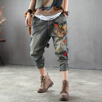 2019 new women's jeans Pant long girl pants loose elastic waist with retro affixed cloth embroidery torn cat nine points jeans