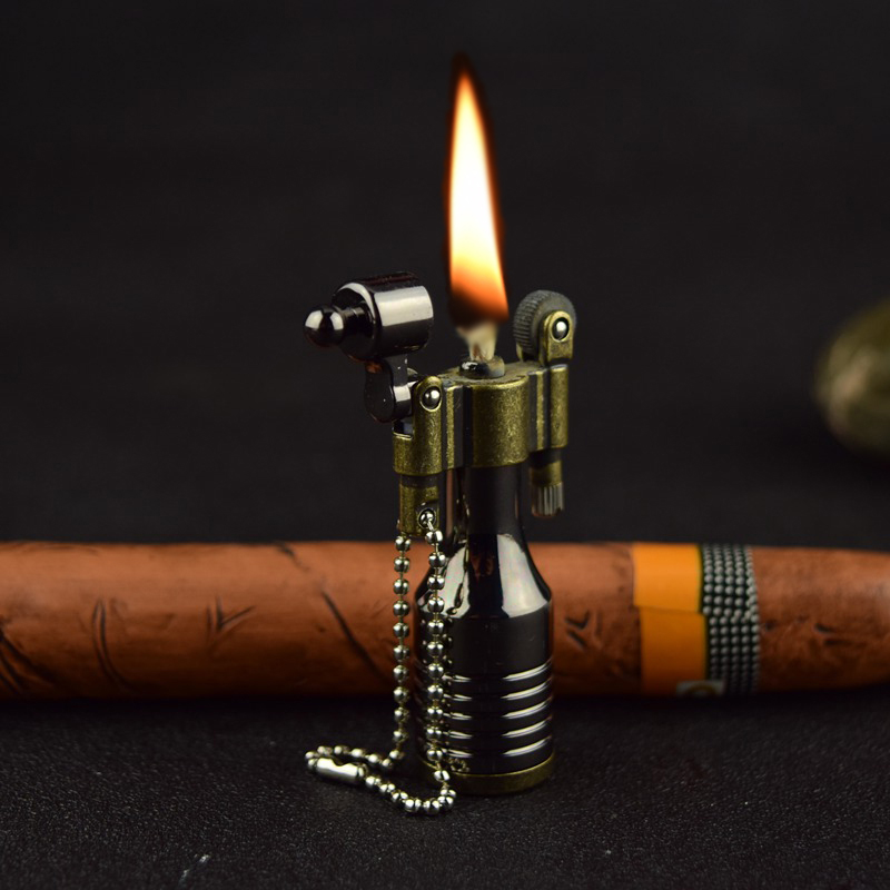 Vintage Metal Flame Kerosene Lighters Retro Torch Lighter Novelty Gadget Military Fire Gift Key Accessories Smoker Gift