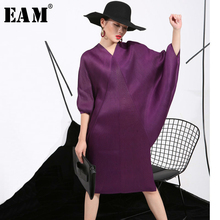 [EAM] 2021 Spring  Trendy New Crimp Bat Sleeve Design Big Size Loose Large Size Solid Color Dress Women Fashion FU11191