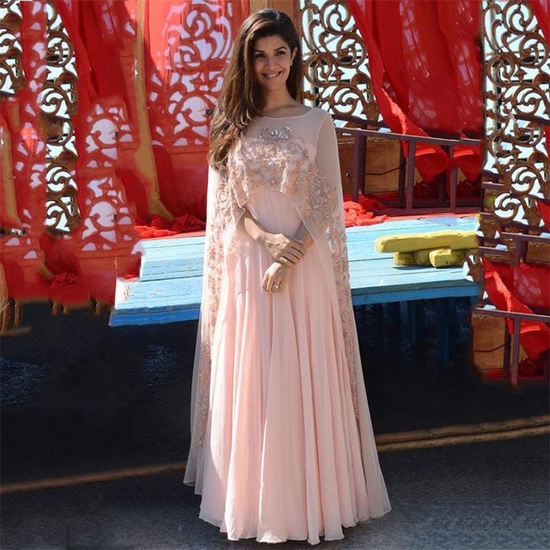2019 robes de soirée élégantes en cristal rose perlé avec Cape en mousseline de soie longues robes formelles femmes arabes robes de bal sur mesure