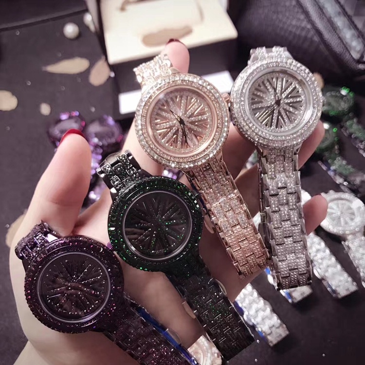 Nouveau haut tendance décontracté femmes montre-bracelet plein diamant strass dames montre de luxe Quartz montres femme Horloges Relogis