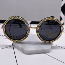 New Elegant Round Sunglasses Women Brand Designer Fashion retro Sunglasses Female Metal colorful Crystal Sun Glasses For Women