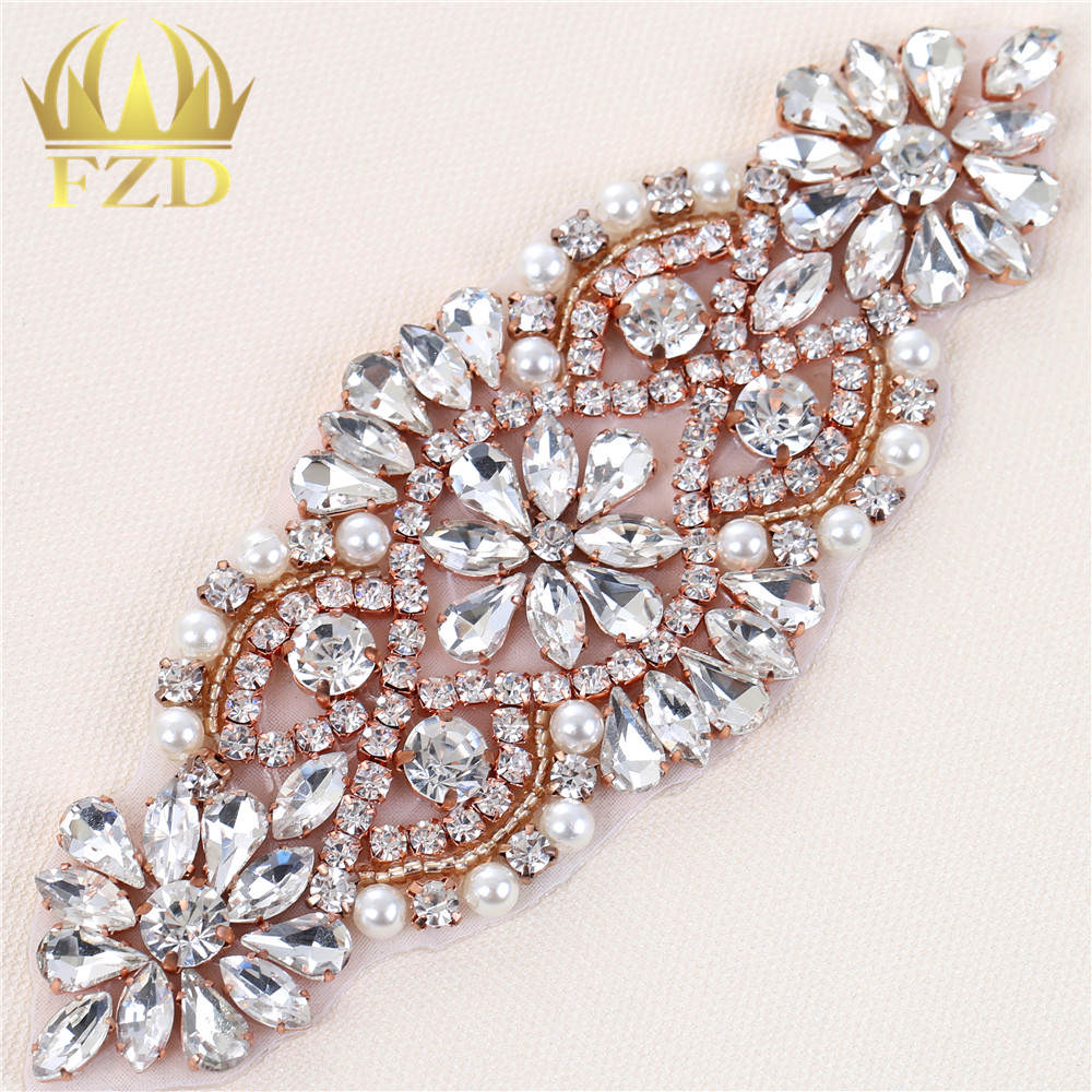 (30pieces) Wholesale Handmade Hot Fix Sewing Beaded Bridal Sash Rhinestone  Applique for Garments Wedding Dress ea86def51b35