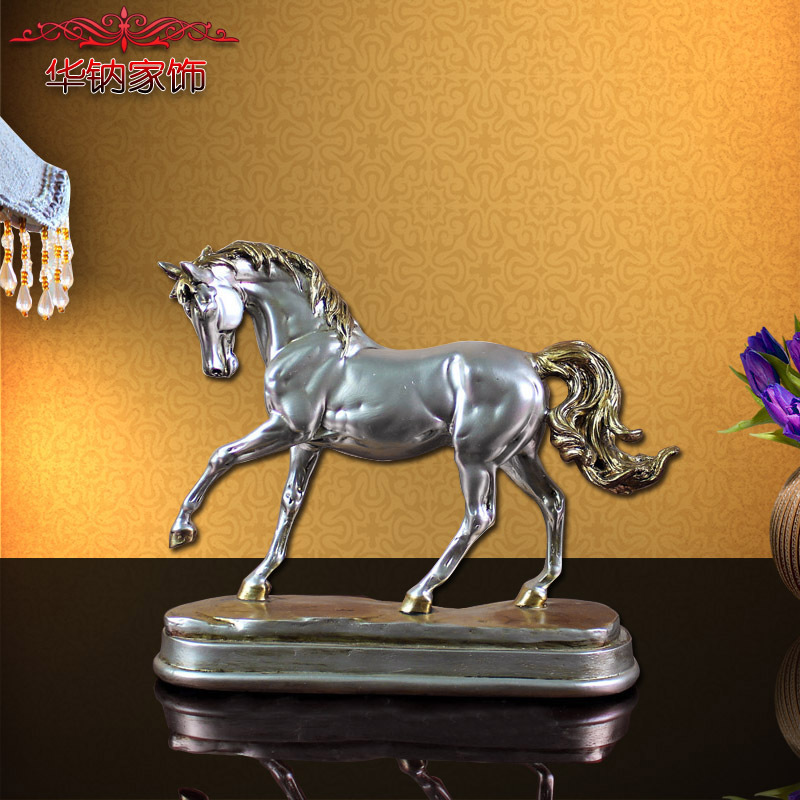 2016 Special Offer European Home Furnishing Mini Desk Ornaments Zodiac Horse Small Gift Promotion Office Practical