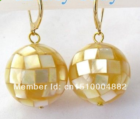 shitou 0030 Elegant 20mm Golden Round South Sea Mother of Pearl Shell Earrings