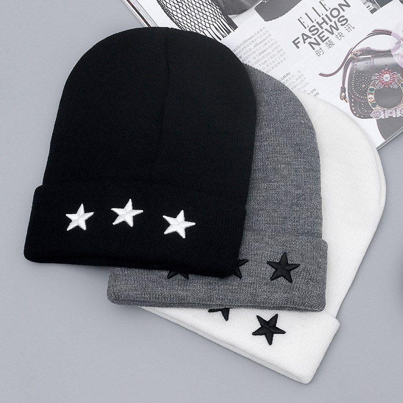 2017 new High Quality Pentacle Star Embroidery Warm Skull Beanie Hip Hop Knit Cap Ski Crochet Cuff Winter Hat For Men And Women