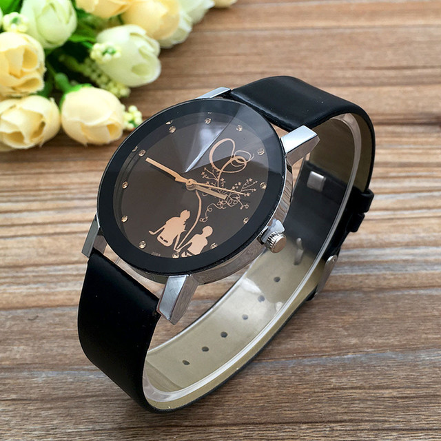 2018 Student Couple Stylish Spire Glass Belt Quartz Watch Women Fashion Luxury Watch Ladies Relogio Masculino montre femme