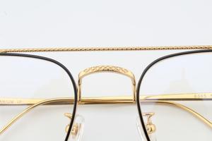 Image 4 - แว่นตาPure Titaniumกรอบแว่นตาผู้ชายVintage Oversizeแว่นตาตามใบสั่งแพทย์คุณภาพสูงจุดการบินแว่นตา