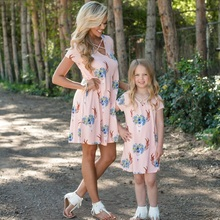 купить Casual Mother Daughter Dresses Family Look Mommy and Me Outfits Mama Mom and Daughter Matching Clothes Above Knee Dress Clothing по цене 511.47 рублей