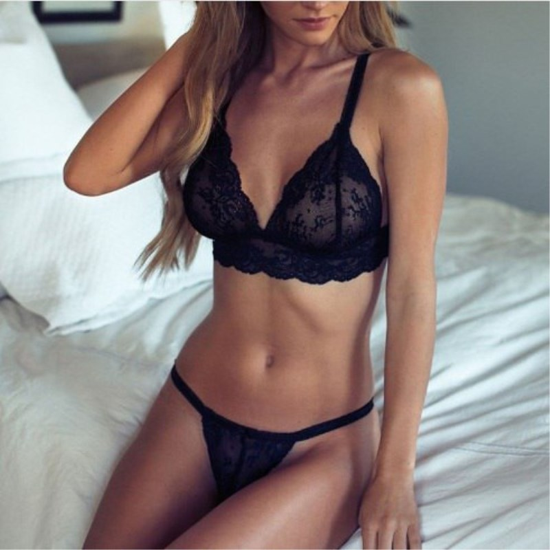 Lingerie For Woman 2018 Sexy Lace Transparent Bra And Panty Seamless Underwear Women Black Briefs Sets Lingeries Bra Set