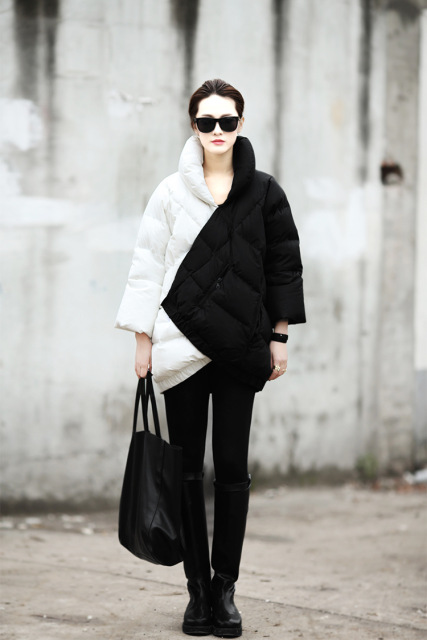 Long winter mosaic irregular black and white hit color pregnant women loose thicker down jacket