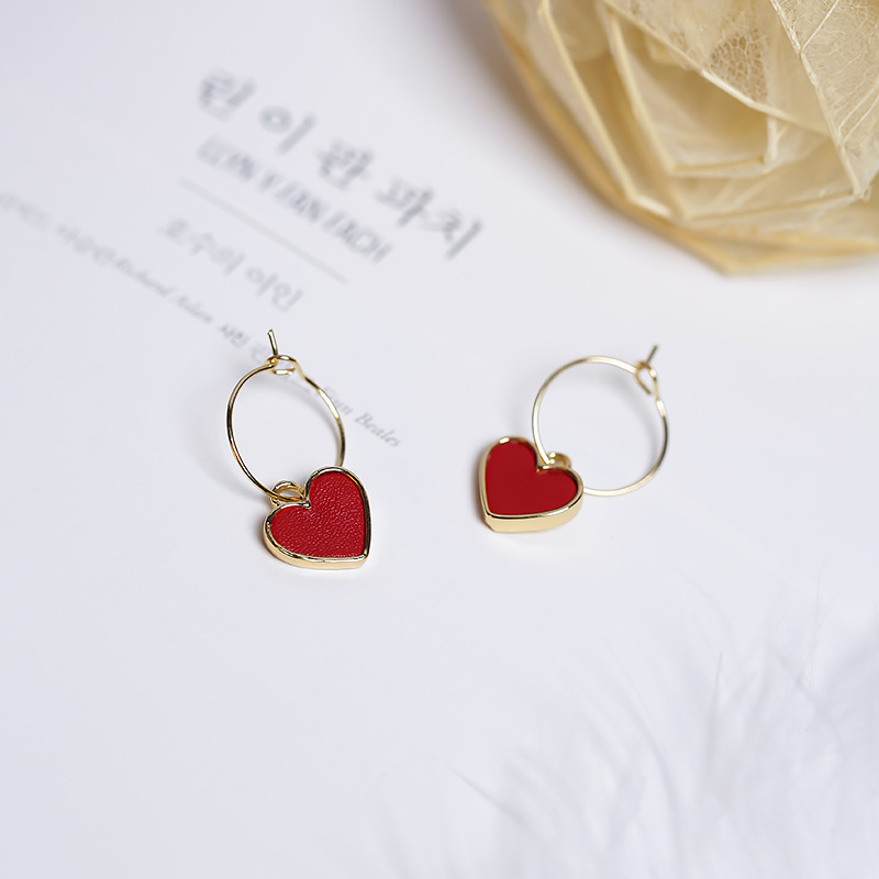 2017 Koreanska Sweety Lovely Style Drop Earrings Simulerat Läder Färgglada Heart pendientes mujer moda