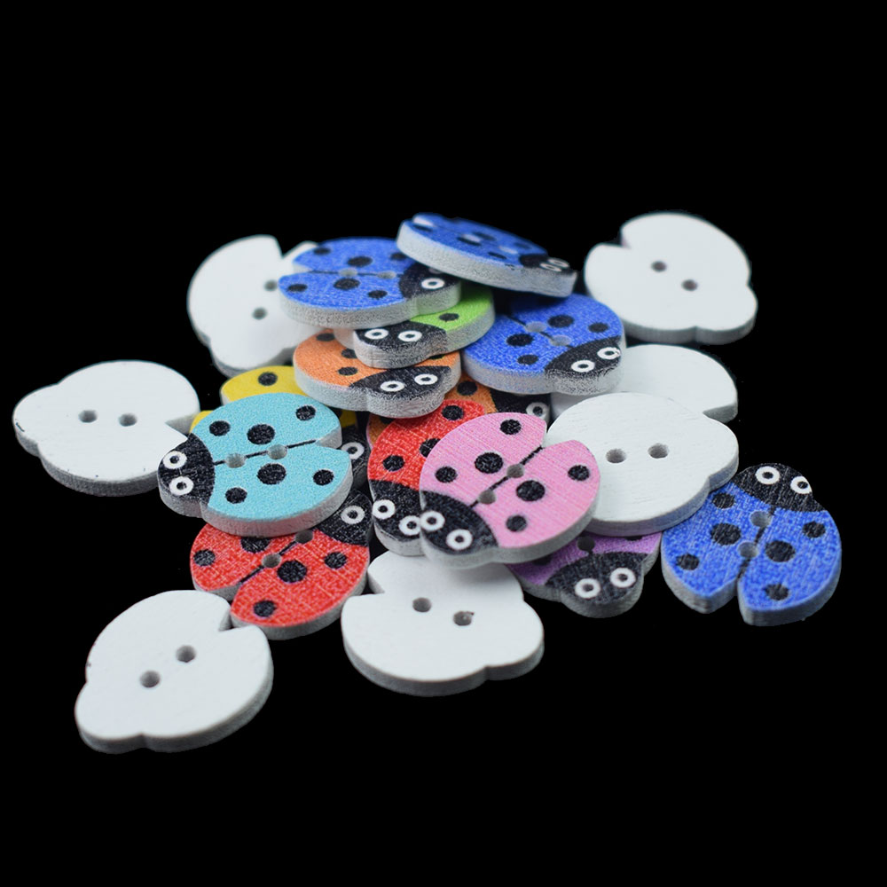 100PCS Wood Buttons Mixed Ladybug Sewing Apparel for Clothes Scrapbooking Decorative Beetle Crafts Needlework DIY Accessories in Buttons from Home Garden