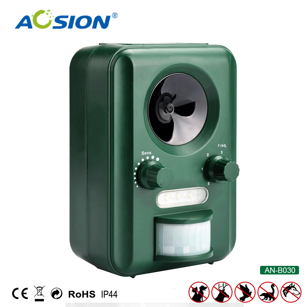 Free Shipping AOSION Outdoor Solar Ultrasonic Animal Control Garden Use Flashing Fox Bats Birds Dogs Cats Repeller Repellent